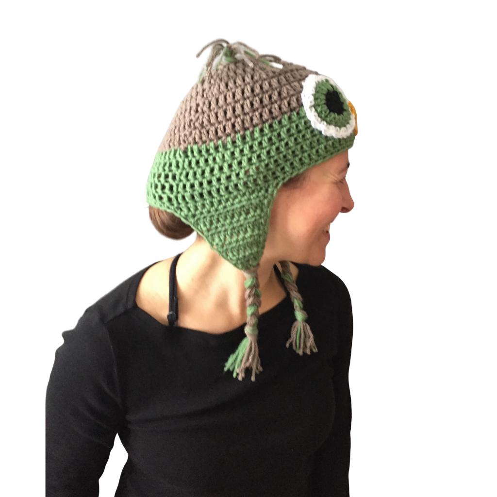 green owl crochet hat image 06